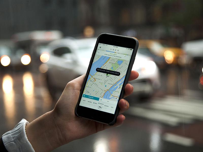 Uber muda modelo de negócio no Brasil e extingue taxa fixa cobrada de motoristas